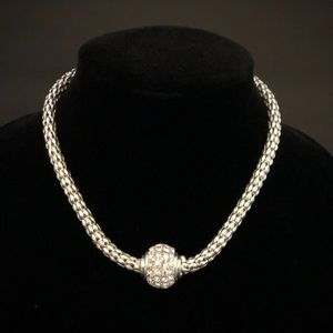 Jewelry - Stunning, Classic Silver Necklace with Rhinestones